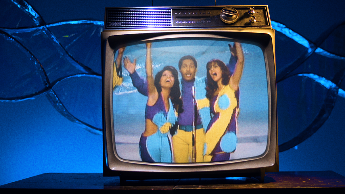 "Music Video still from ""Aquarius/Let the Sunshine in"" by The 5th Dimension"